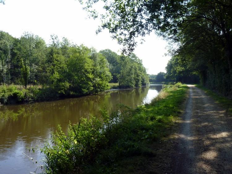 Canal de Nantes à Brest - Isac