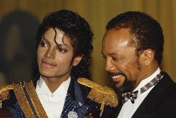 Michael-and-Quincy-michael-jackson-and-quincy-jones-22230402-460-308