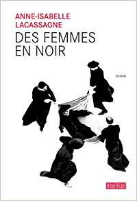 Des femmes en noir