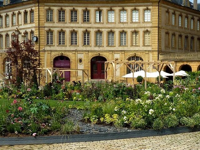 Metz un jardin en chantier 18 Marc de Metz 31 07 2012
