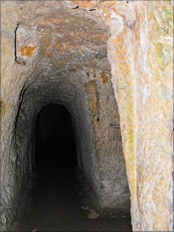 Photos de la forteresse souterraine du Château de Brézé