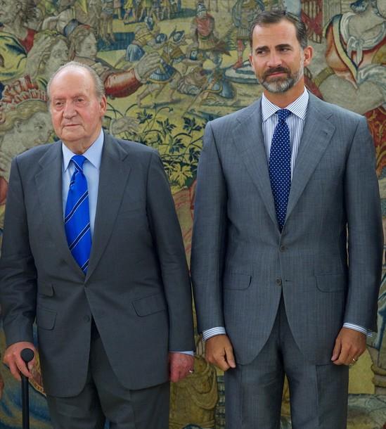 Juan Carlos et felipe reçoivent