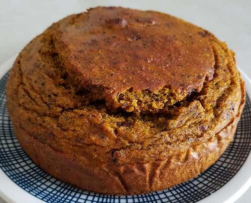 PUMPKIN BREAD au quinoa cuit, farine d'épeautre complète, pépites de chocolat & beurre de cacahuètes