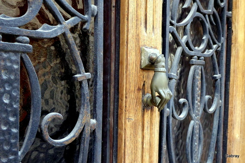 Sorèze: portes et heurtoirs
