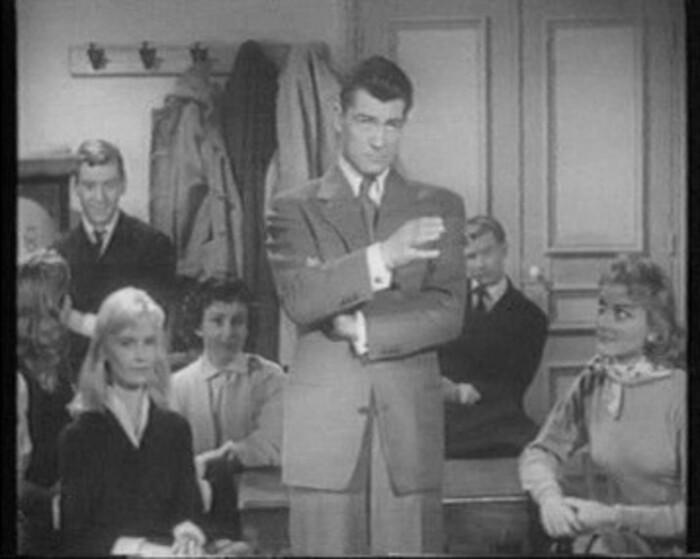 BRIGITTE BARDOT - FUTURES VEDETTES - 1955
