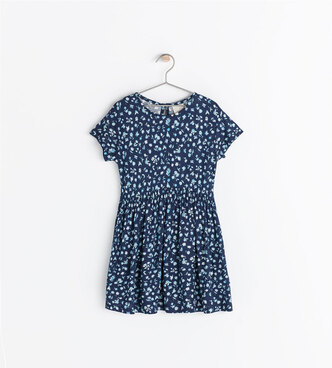 Image 1 de Robe à imprimé fleurs de Zara
