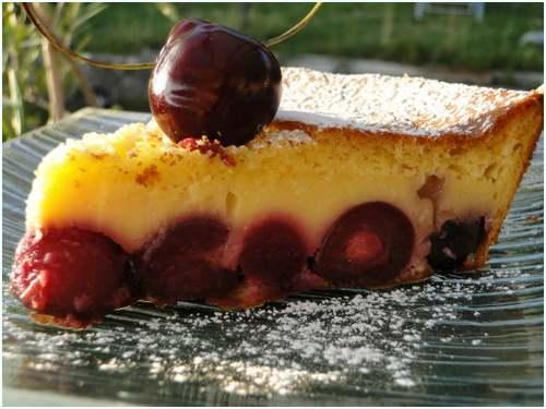 Gâteau soufflé aux cerises façon clafoutis