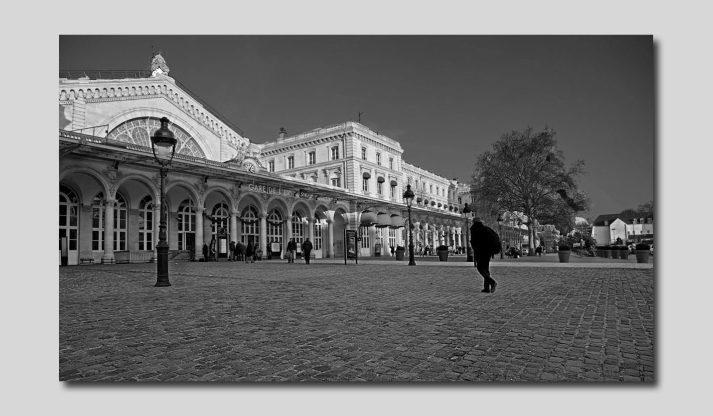 Les ombres de la gare de l'Est