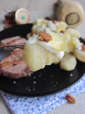 Magret de canard au sirop d'érable, gnocchis au panais et sauce au salers
