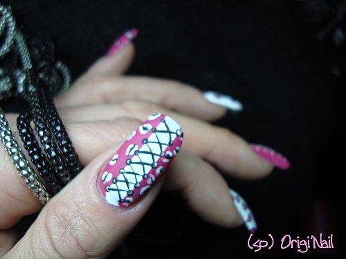 leopard-girly-matte-pouce.JPG