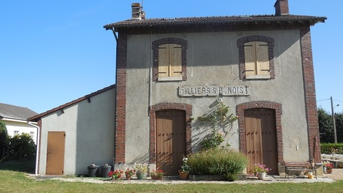 Villiers-Saint-Benoît (89)