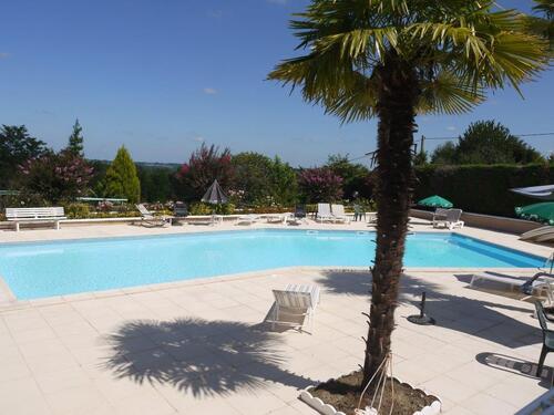 la piscine de l'hôtel restaurant