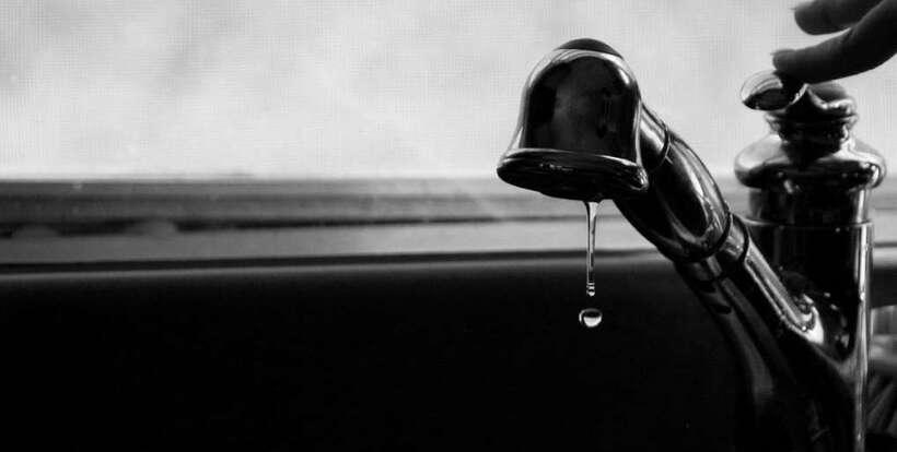 Pourquoi il ne faut pas boire l'eau du robinet