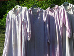 Séchage au grand air des chemises de nuit