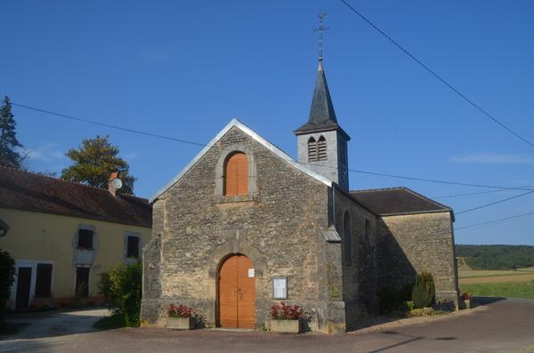 Petite visite privée de la Chapelle Saint-Anne à Courcelles