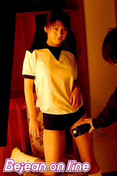 WEB Gravure : ( [Bejean On Line] - | 2004.05 水娘佉 | Yuka Kosaka/小阪由佳 )