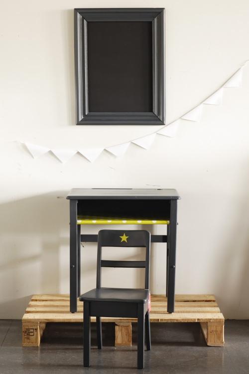 Collection GRIGRIS plomb : l'ensemble pupitre et chaise vert pomme