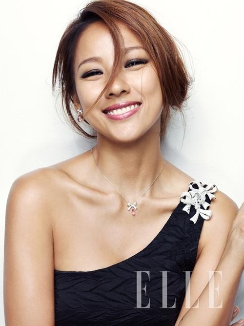 Lee Hyori pour Elle