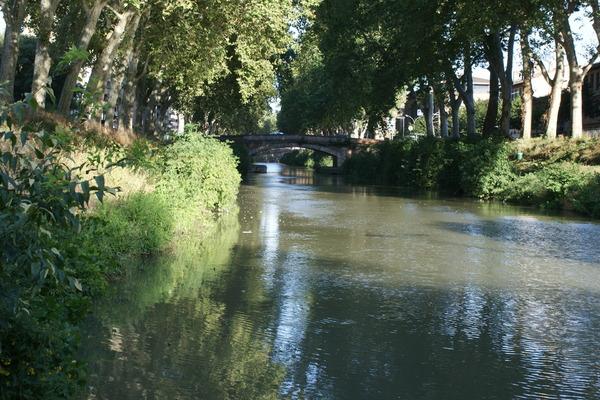 vers le Canal de Brienne