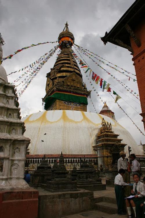 le stupa du temple de Swayambunath.