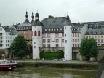196-Vieux chateau à coblence