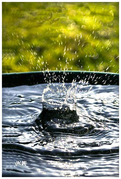 - Une goutte d'eau