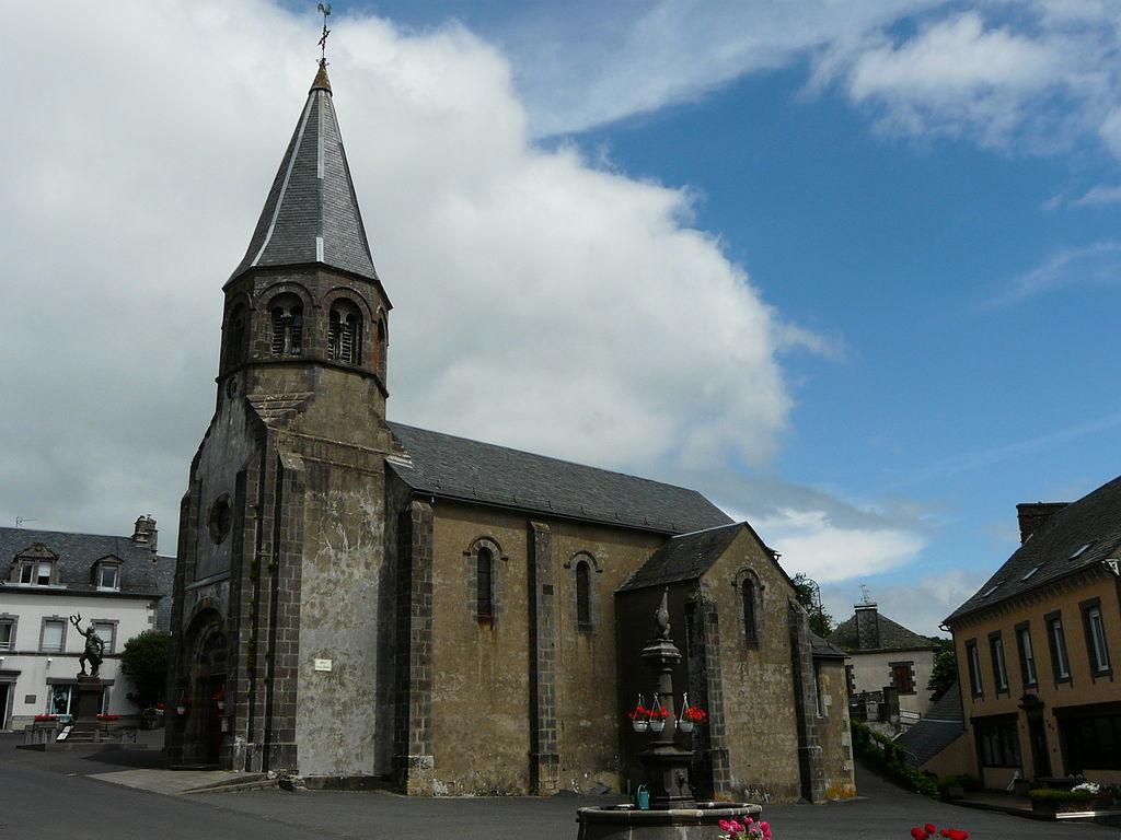 Montboudif église.JPG