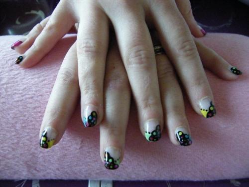 nail art haut en couleur