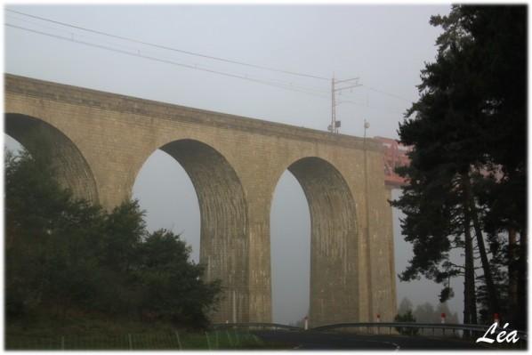 Lieux---villes-2-4094-arches-pierres.jpg