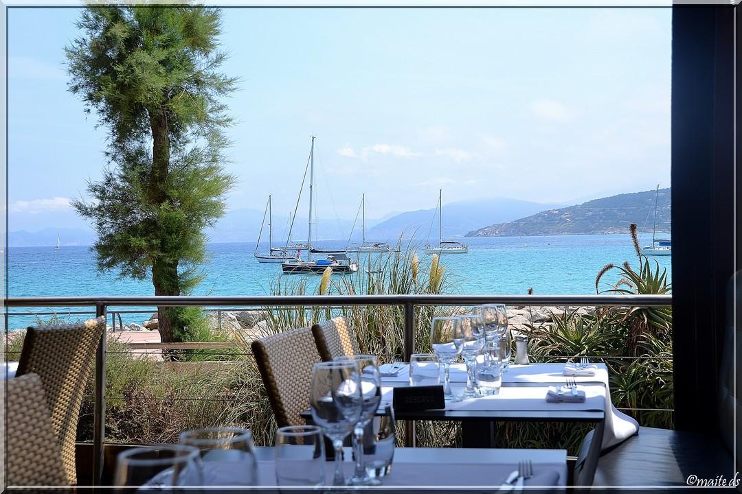 Restaurant avec vue sur mer - Île-Rousse - Corse - 25-07-2014