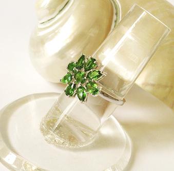 Bague Fleur verte Pierres naturelles de Chrome Diopside / Argent 925 - Taille 56 / Size 7,75 US