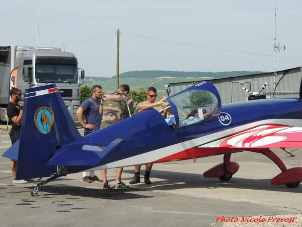 Le Championnat de France de Voltige aérienne à Epernay, vu  par Nicole Prévost