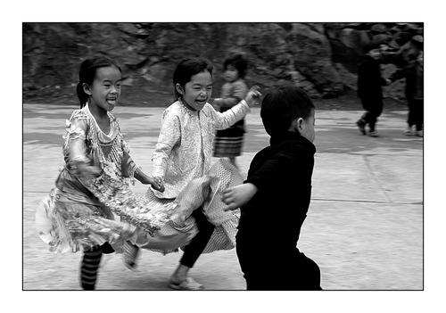 Hommage a Les Enfants d'En Face, Ecole Pour tous Vietnam, AG Monde, Poupées du Courage