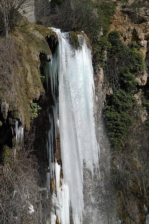 Cascade de Salles la source ( Aveyron )