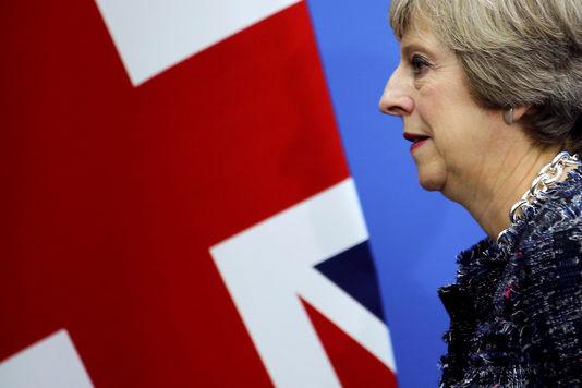 La première ministre Theresa May a annoncé dimanche 2 octobre que le Brexit serait déclenché « avant fin mars 2017 ».