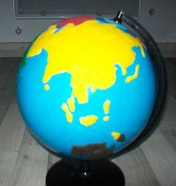 Globe tactile des continents