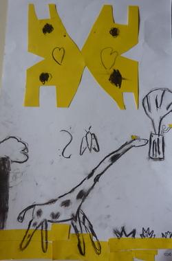 Une girafe sur le toit du monde
