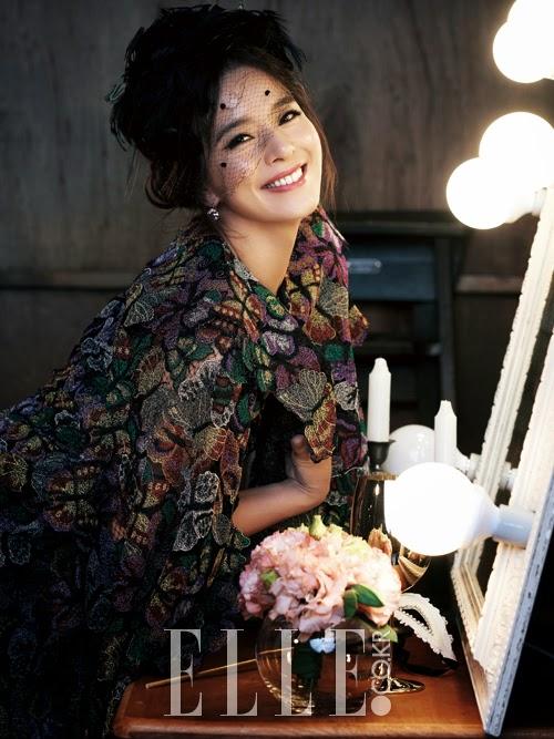 Jung Hye Young pour Elle