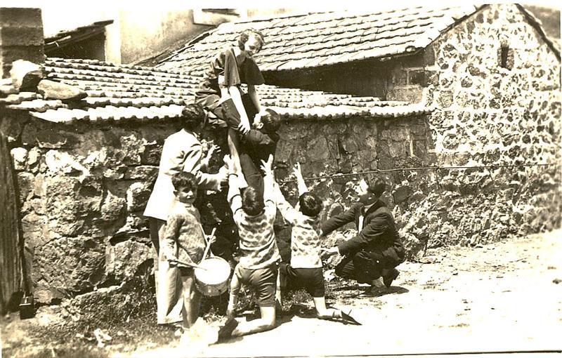 Entre 1930 et 1936, scènes de vie