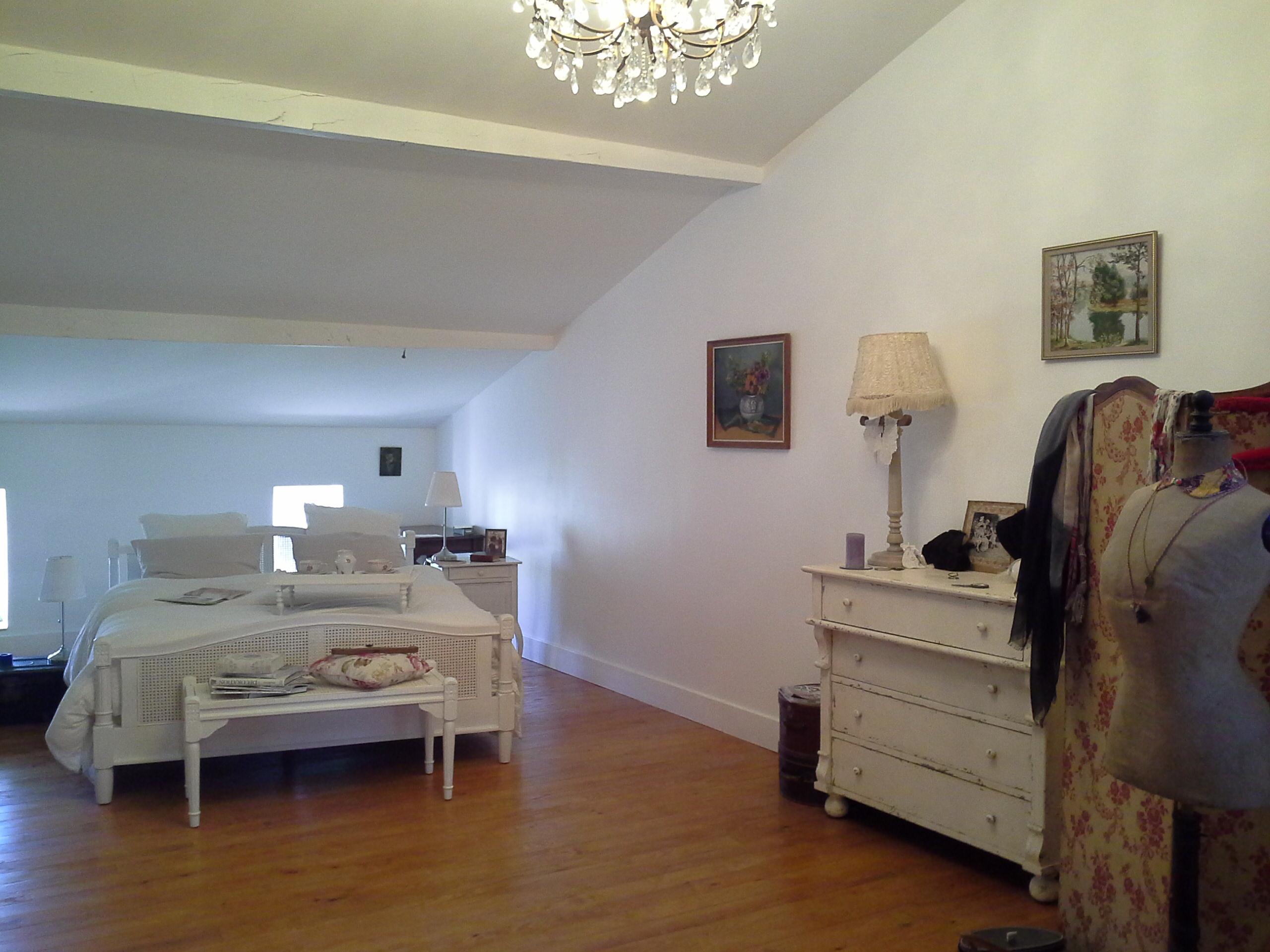 la chambre parentale encore dans ma maison il y a. Black Bedroom Furniture Sets. Home Design Ideas