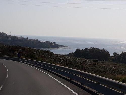Le long de la côte