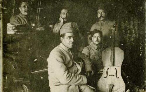 La sonnerie du clairon et la sonate du violoncelle