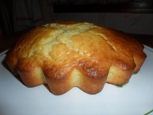 *** Gâteau au lait ribot et chocolat blanc ***