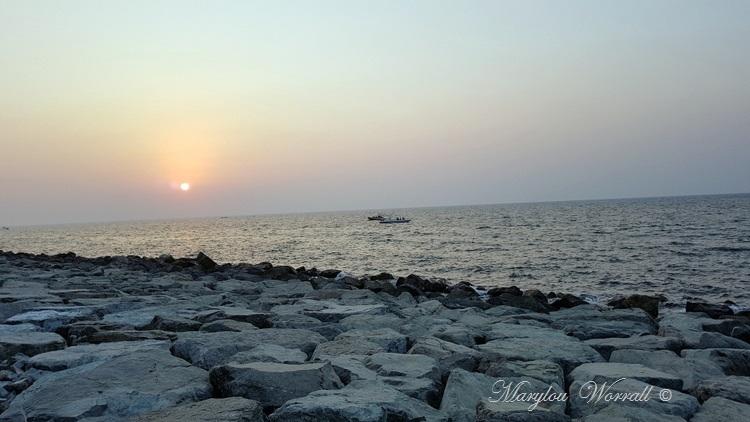 Dubaï : Coucher du soleil sur le golfe persique