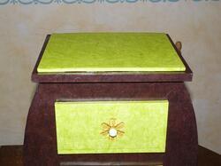 détail plateau et tiroir