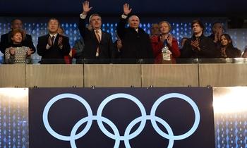 Vladimir Poutine avec Thomas Bach et Ban Ki Moon