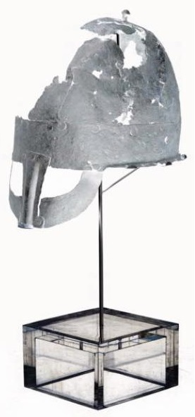 Le deuxième casque viking au monde, Royaume-Uni