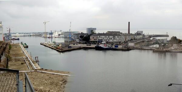 Un petit panorama su port de St Nazaire