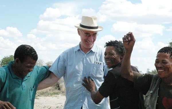 Le Botswana interdit l'entrée de l'avocat des Bushmen dans le pays
