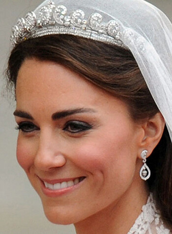 M 52 (KATE MIDDLETON)